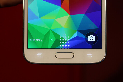 Samsung Galaxy S5 leaks ahead of event
