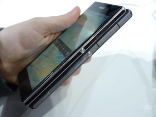 Sony Xperia Z2 vs Z1 - first look