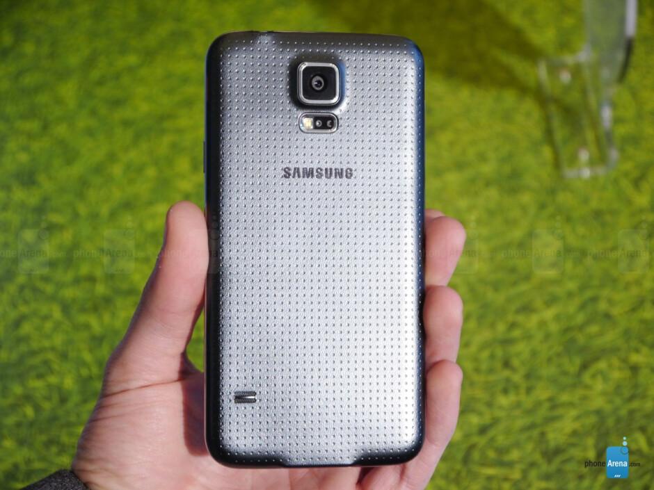 Samsung Galaxy S5 hands-on: a winning formula gets refined