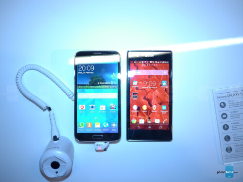 Samsung Galaxy S5 vs Sony Xperia Z1/Z1s - first look