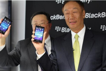 BlackBerry CEO John Chen and his counterpart at Foxconn, Terry Gou, show off the BlackBerry Z3. Picture courtesy of Crackberry