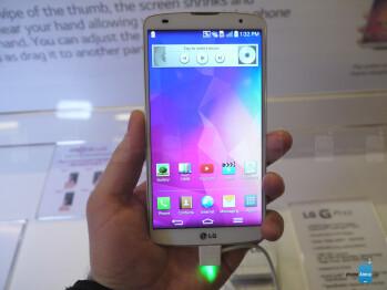 Samsung Galaxy S5 vs LG G Pro 2: first look