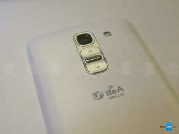 Samsung Galaxy S5 vs LG G Pro 2: first look