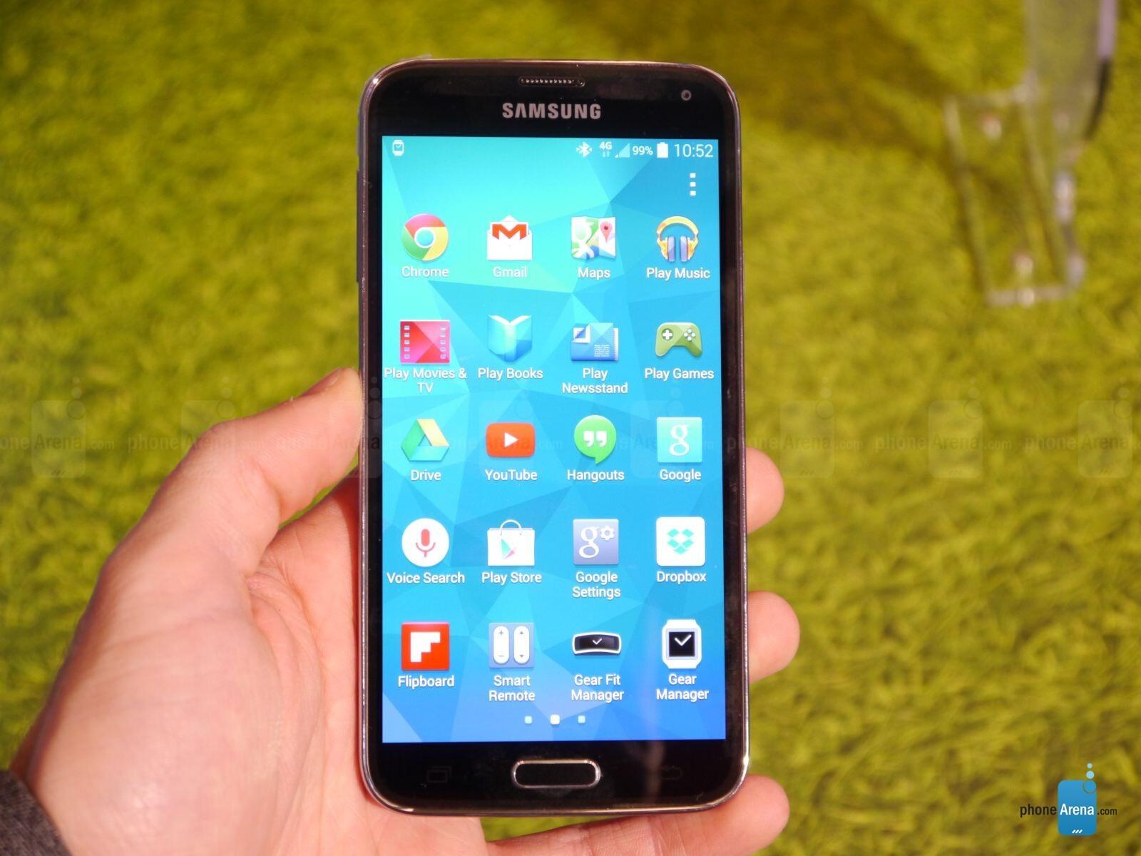 Spring chickens: Samsung Galaxy S5 vs Sony Xperia Z2 comparison preview |  PhoneArena reviews - PhoneArena