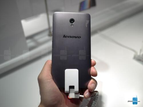Lenovo S860 hands-on: the 4000mAh battery marathoner