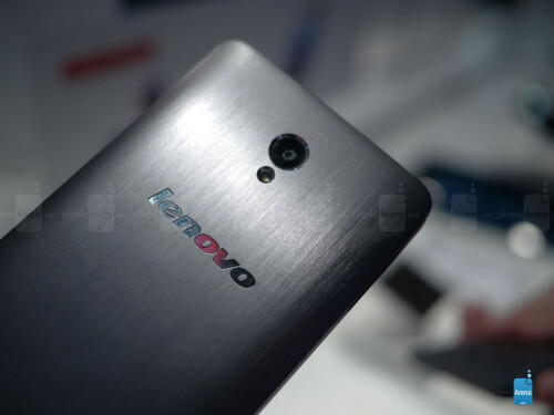 Lenovo S860 hands-on: the 4000mAh battery marathoner