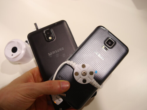 Samsung Galaxy S5 vs Note 3: first look