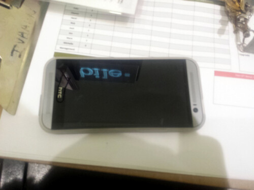 Alleged HTC M8 / All New One spied in the wild
