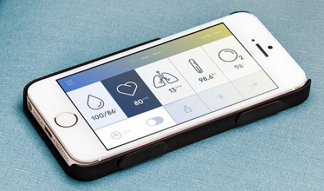 Monitor your health with the Wello case for the Apple iPhone - Case for the Apple iPhone tracks your health