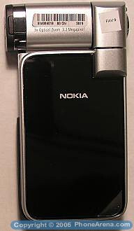 Nokia N93i upgrades the N93 with smaller dimensions
