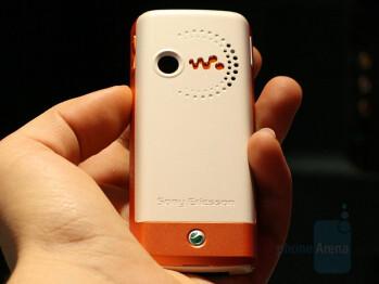 Sony Ericsson W200a