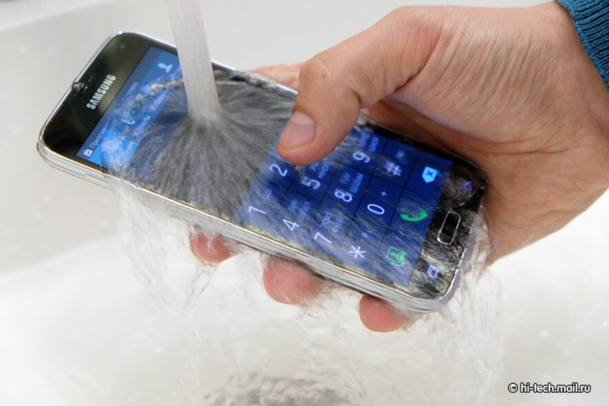 Samsung Galaxy S5's IP67 certification gets questioned, holds water