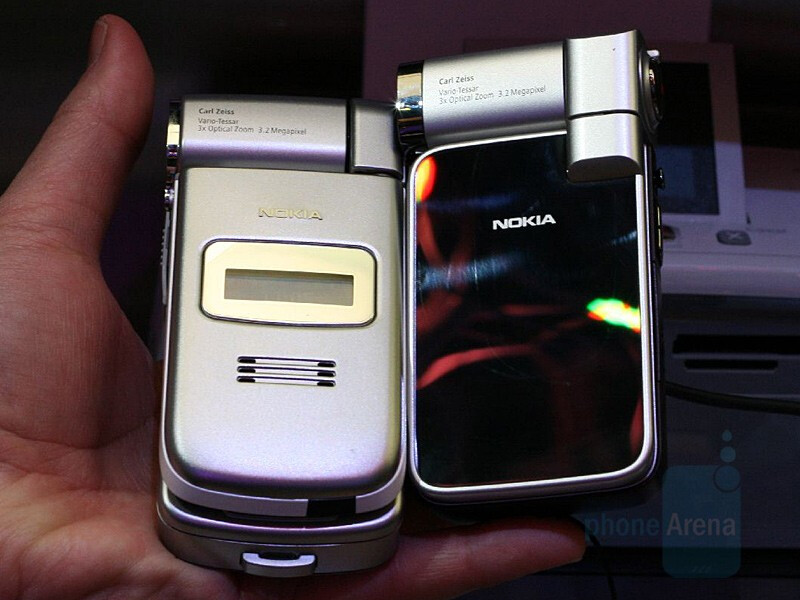 Nokia N93i compared to N93 - CES 2007: Live Report