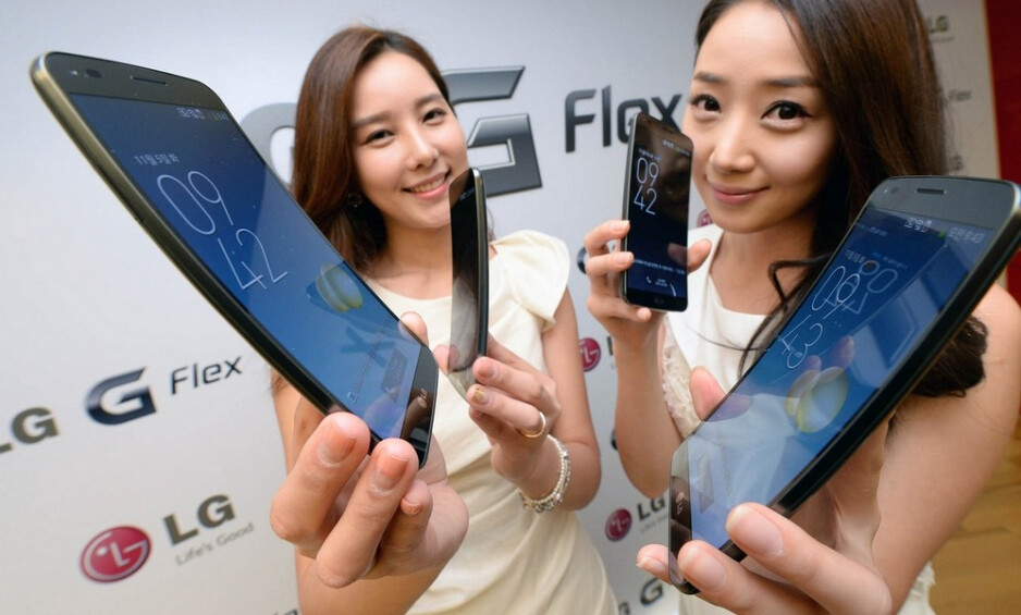 Android 4.4 KitKat update rolling out to LG's G Flex (only in Korea for now)