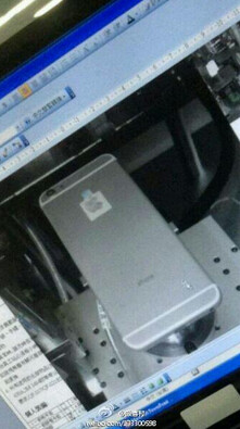 Photographs allegedly showing the Apple iPhone 6