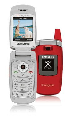 Samsung Red C417 - AT&T (Cingular) launches Motorola V3xx and red Samsung Sync
