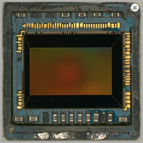 Samsung Galaxy S5 camera under the microscope