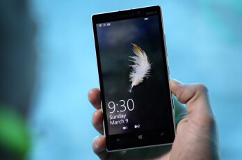 Nokia designer talks about the Lumia 930