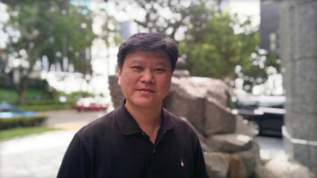 """HTC Chief Marketing Officer: """"Pretty confident"""" about 2014"""