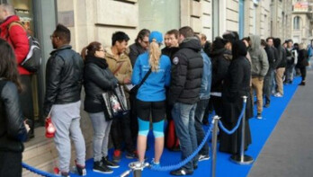 Apple fans waiting in line for the iPhone? No, these are Samsung Galaxy S5 buyers in France, waiting to buy the popular flagship phone on Friday