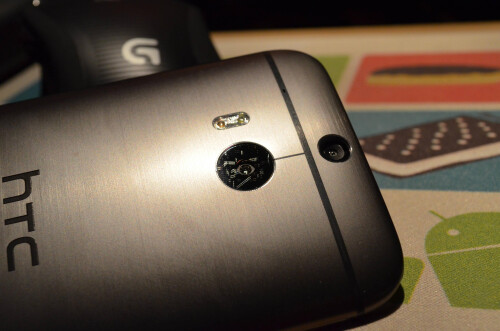 HTC One X and HTC One (M8) camera lens comparison proves camera bumps save lenses' lives