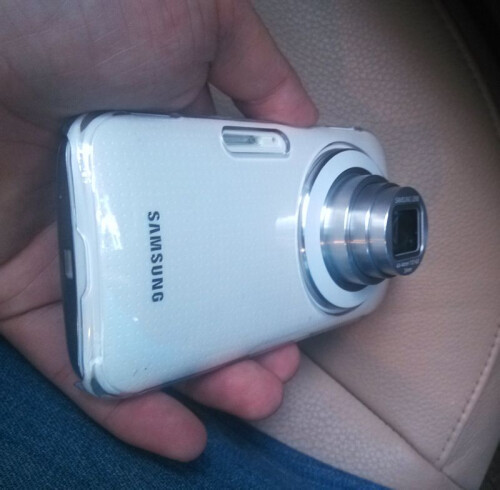 Alleged Galaxy K cameraphone pictures appear, with the 10x zoom lens all the way out