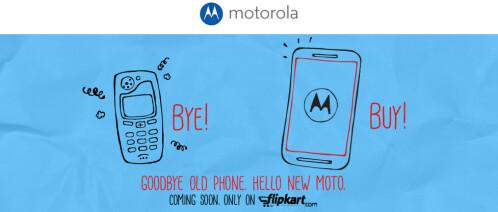Motorola Moto E allegedly pictured next to the Moto G