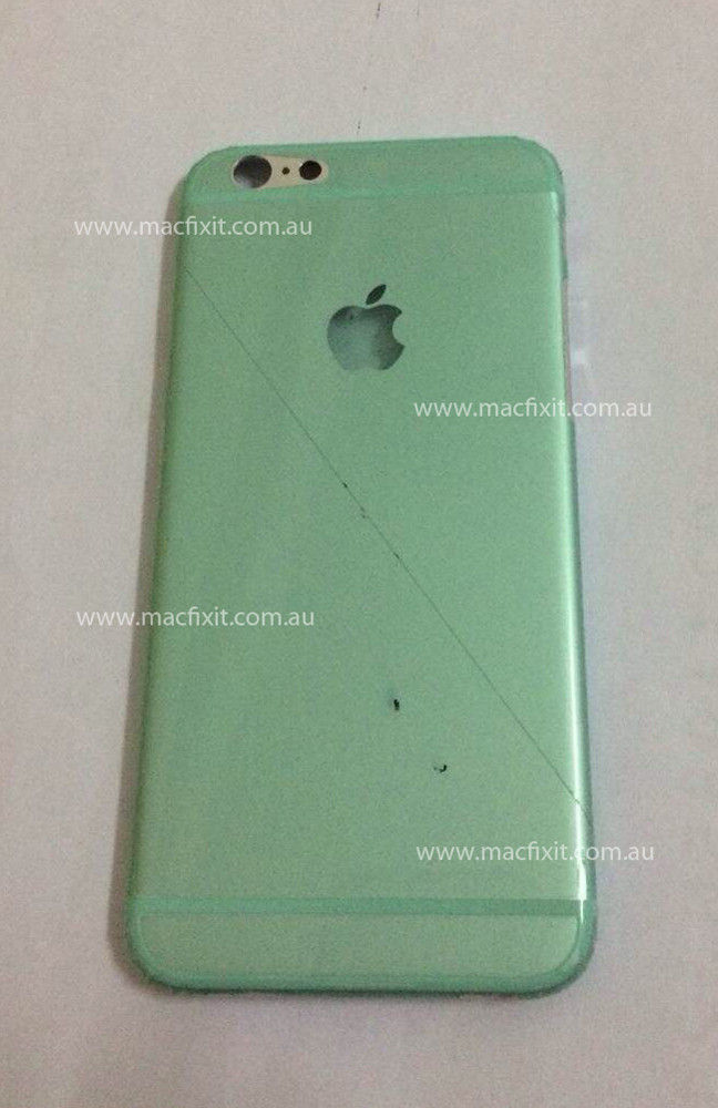 Claimed iPhone 6 chassis rear - Alleged iPhone 6 chassis rear poses for a picture