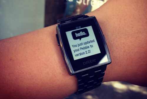 Pebble gets updated firmware to version 2.2