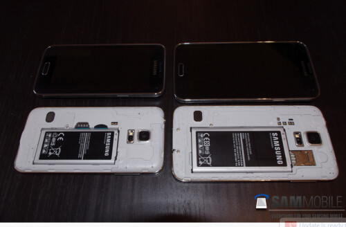 Pictures of the Samsung Galaxy S5 mini, some with the Samsung Galaxy S5