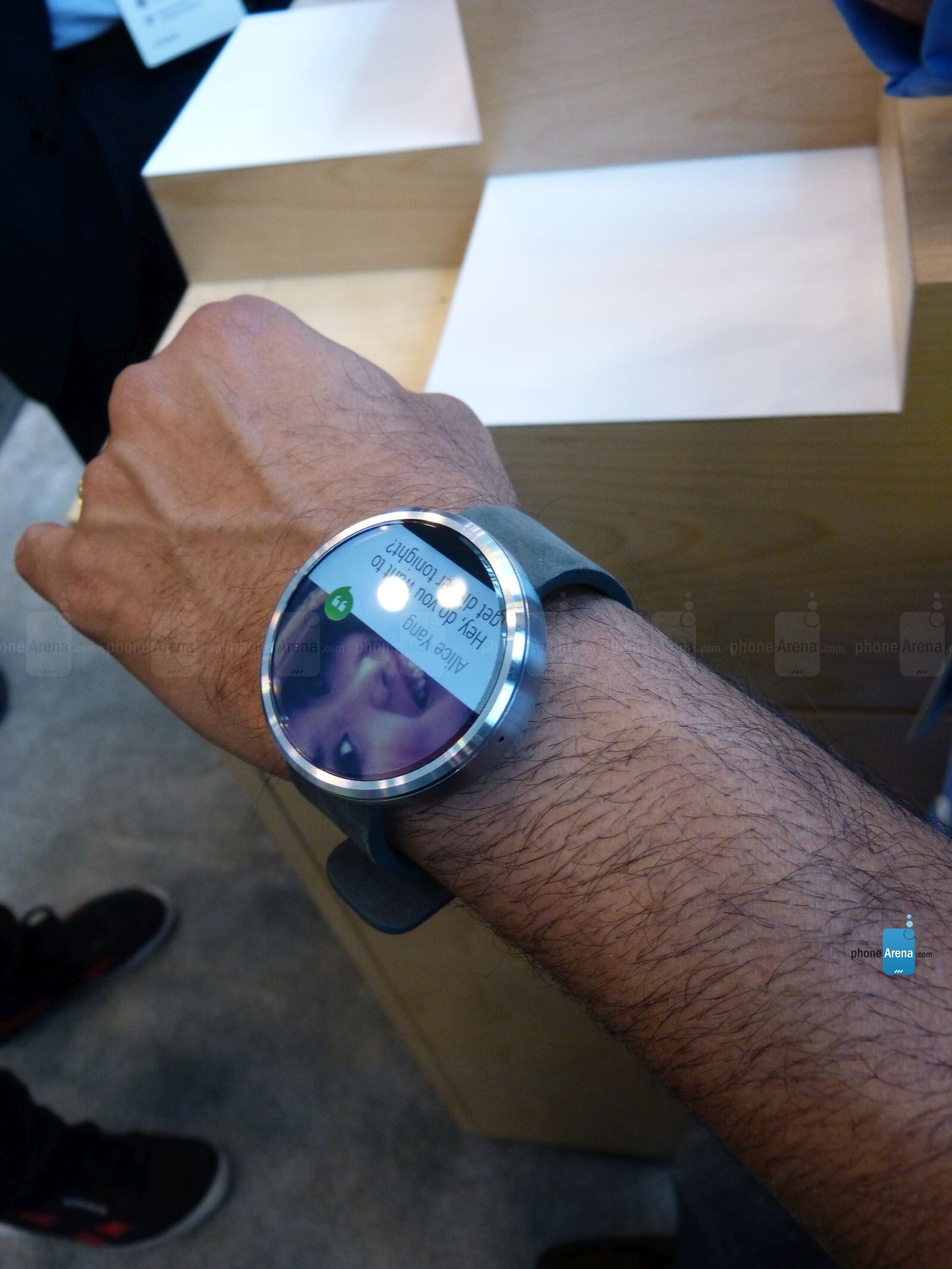 Motorola Moto 360 Hands On Phonearena Reviews