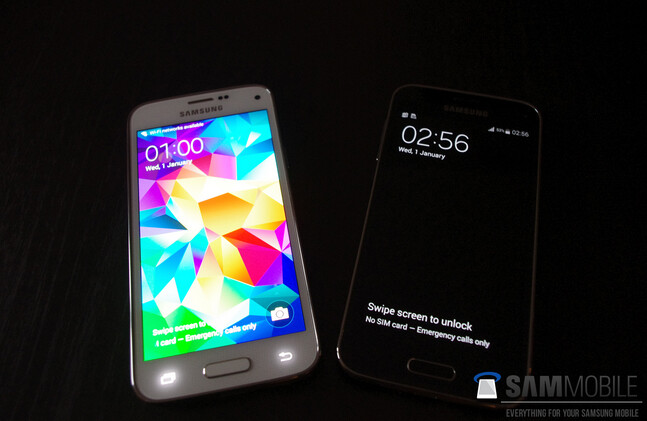 samsung galaxy s5 white vs black. samsung galaxy s5 mini in black and white vs