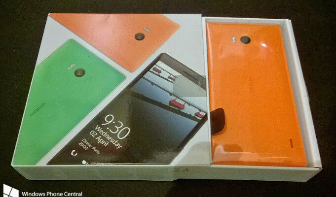 This Nokia Lumia 930 was received early by a lucky Elkjøp customer - Nokia Lumia 930 pre-ordered handset released early by Norweigan carrier