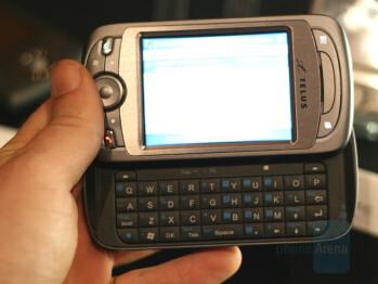 HTC P4000