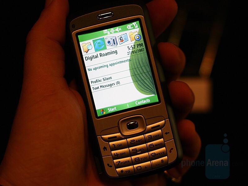 HTC S720 - HTC announces CDMA S720 and P4000