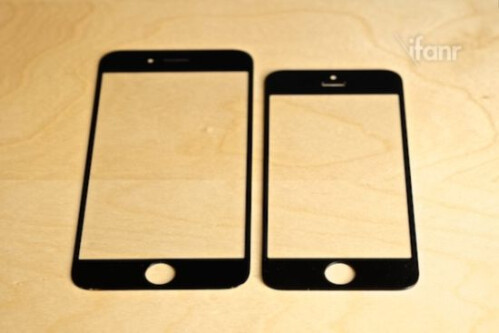 Claimed iPhone 6 front gets handled next to an iPhone 5s