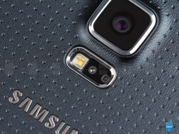 The heart rate sensor on the Galaxy S5