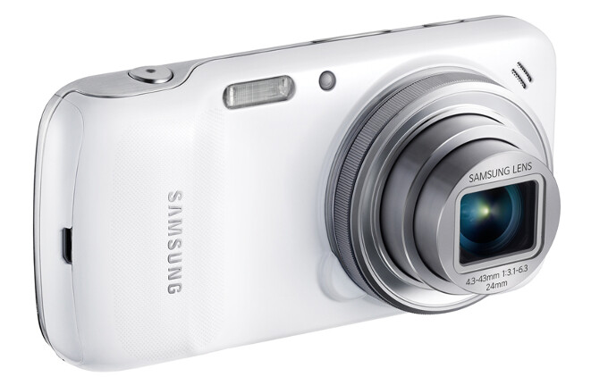 Samsung Galaxy S4 Zoom is finally receiving the sweet Android 4.4.2 KitKat treatment