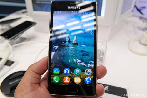 Samsung Z in gold