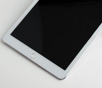 Allegedly, an iPad Air 2 dummy