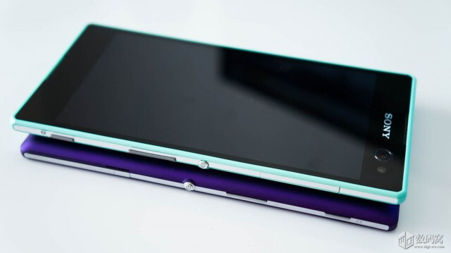 Sony xperia c3 photographed next to xperia t3 sony xperia c3 vs xperia t3 reheart Gallery