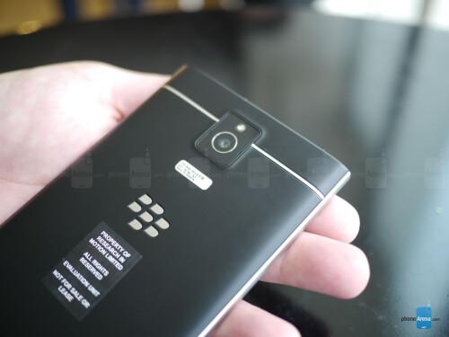 BlackBerry Passport first look