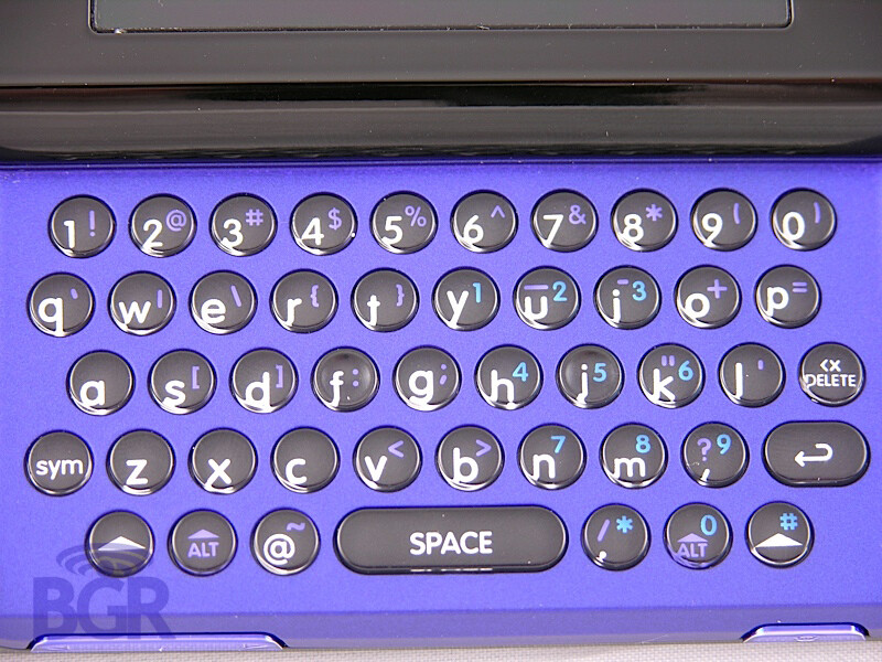 T-Mobile Sidekick Slide / Motorola Zante - Hands-on with Motorola Zante, or Sidekick Slide