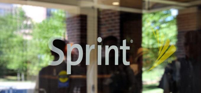 Sprint reports minor profits and not-so-minor loss of customers for Q2 2014, not out of the woods just yet