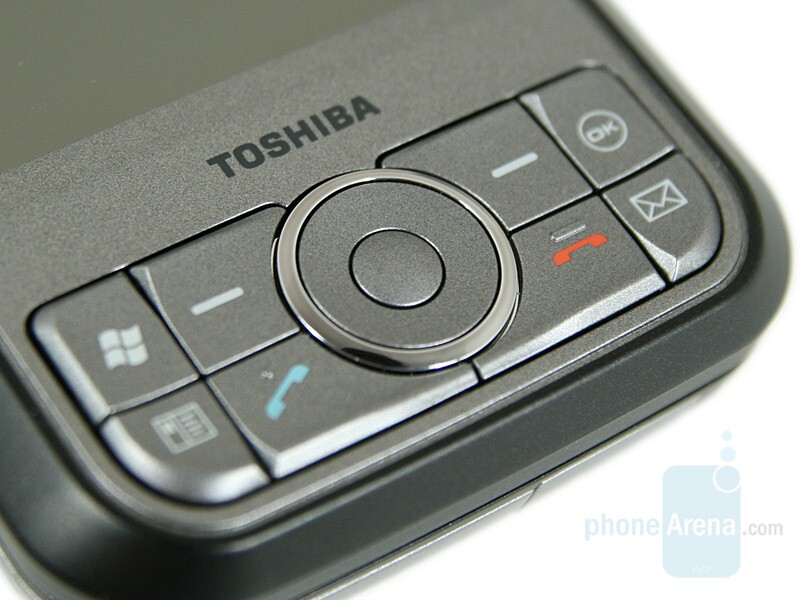 Hands-on with Toshiba G900