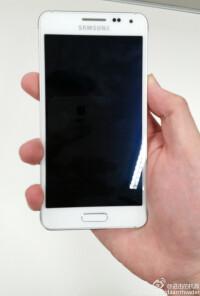 Samsung-Galaxy-Alpha-04.jpg