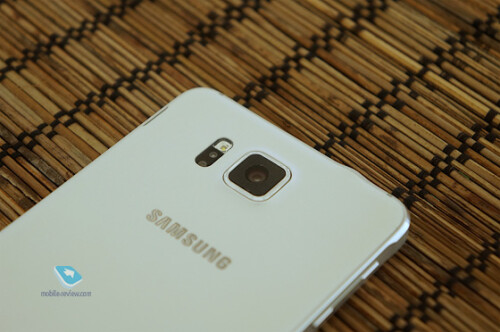 Samsung Galaxy Alpha hands-on images