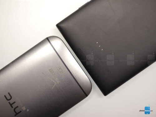 HTC One M8 for Windows Phone vs Nokia Lumia 1520 first look