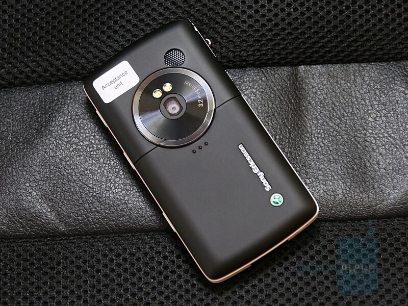 Sony Ericsson W960 - Hands-on with Sony Ericsson W960