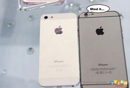 The larger size of the Apple iPhone 6 can be seen quite easily here